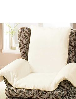Chair Nest With An All Seasons Reversible Cover