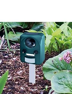 Solar Universal Pest Repeller