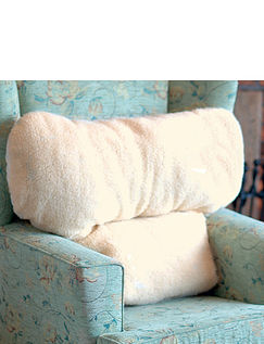 Fleece T Cushion
