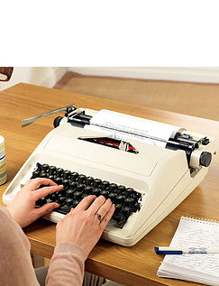 "11"" Portable Typewriter"