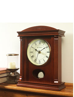 Mantel Clock With Pendulum