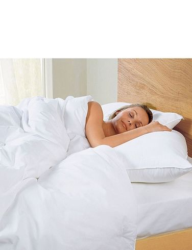 Pack of 4 Silentnight extra fill pillows