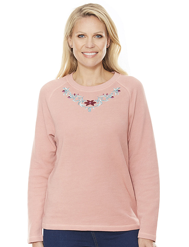 Embroidered Leisure Top
