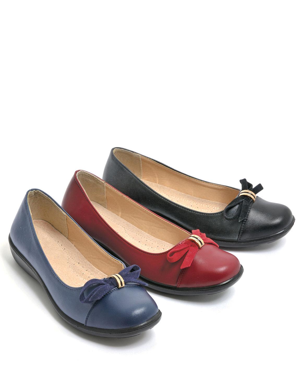 slip on comfort shoe chums