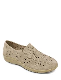 Ladies Cushion Walk Twin Gusset Punchwork Shoe
