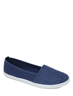 Ladies Comfort Plus Wide Fit Lace Canvas Shoe
