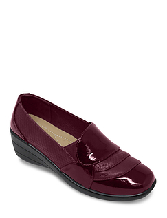 Ladies Patent Trim Twin-Gusset Comfort Shoe