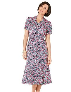 CLASSIC SHORT SLEEVE DRESS 43 INCHES
