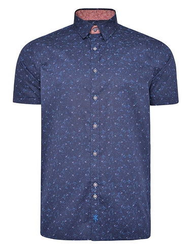 Printed Short Sleeve Shirt With Button Down Collar X Print