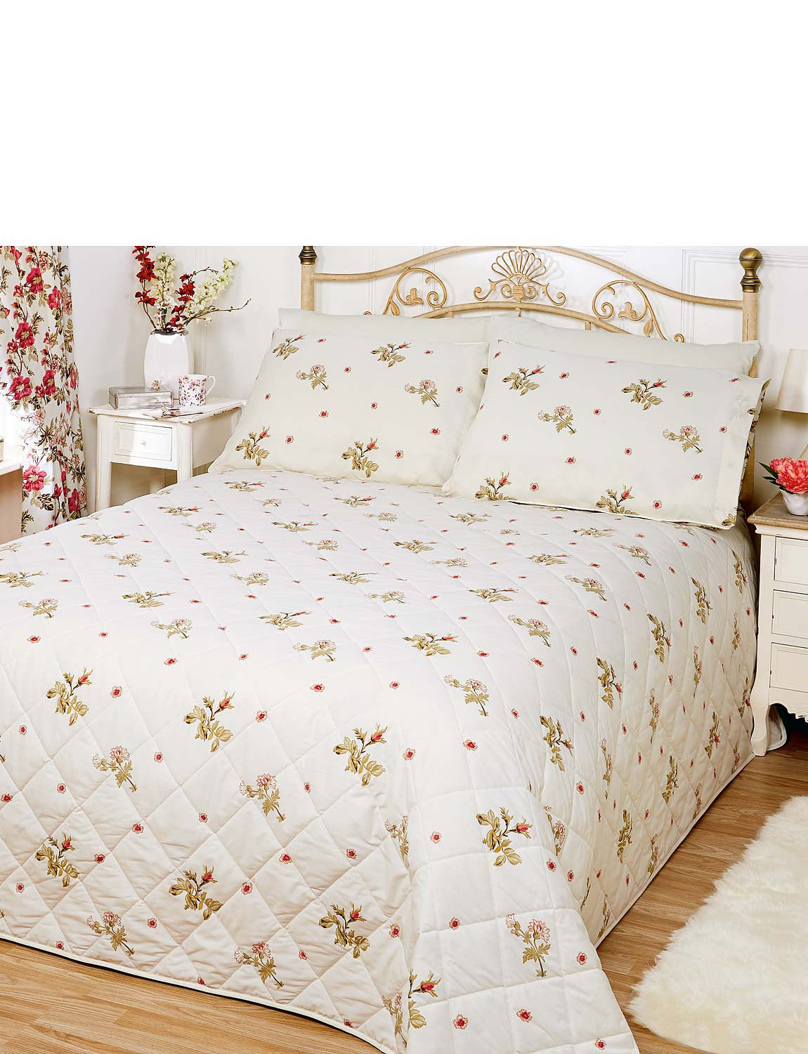 Wild rose throwover bedspread chums for Wild bedding