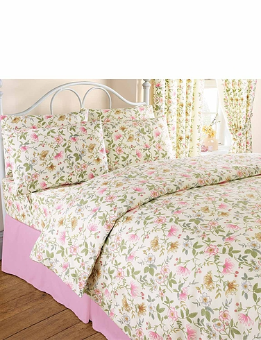 Cottage Garden Flannelette Duvet Cover by Vantona