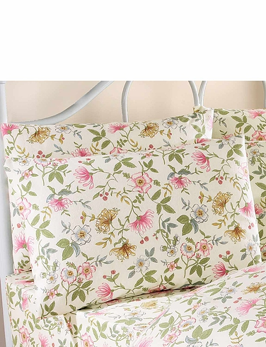 Cottage Garden Flannelette Pillowcases by Vantona