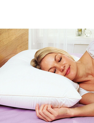 Throws & Covers Three Diana Cowpe Memory Foam Core Pillow