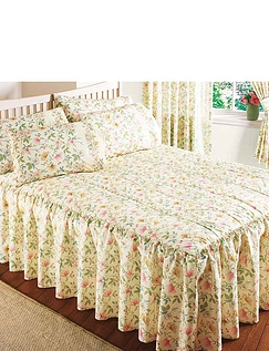 Cottage Garden Quilted Bedspread