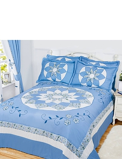 Ava Bedding Collection