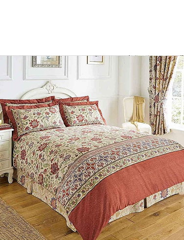 Galiana Collection Quilt Set