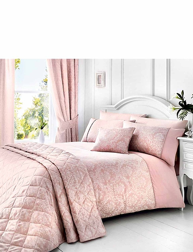 Laurent Luxury Jacquard Quilt Set