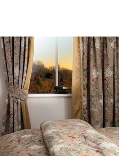 Isabelle Jacquard Curtains by Belledorm